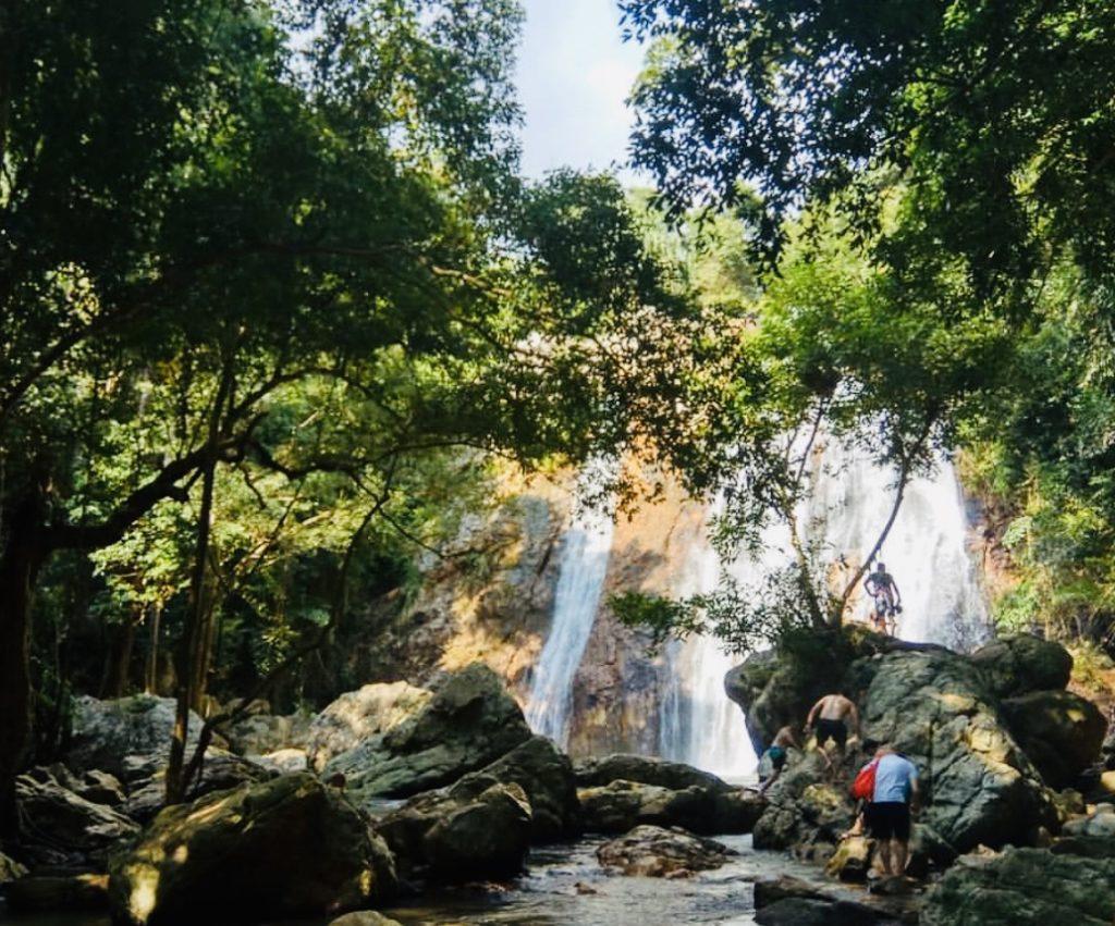 Na Mueang Waterfall Koh Samui
