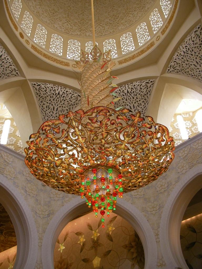 Chandelier at Grand Mosque - Abu Dhabi