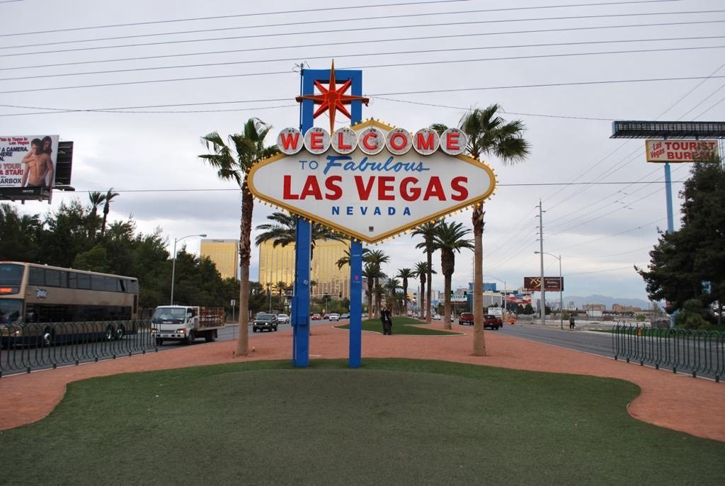 Welcome to Fabulous Las Vegas Sign Board, Las Vegas 3 day Trip
