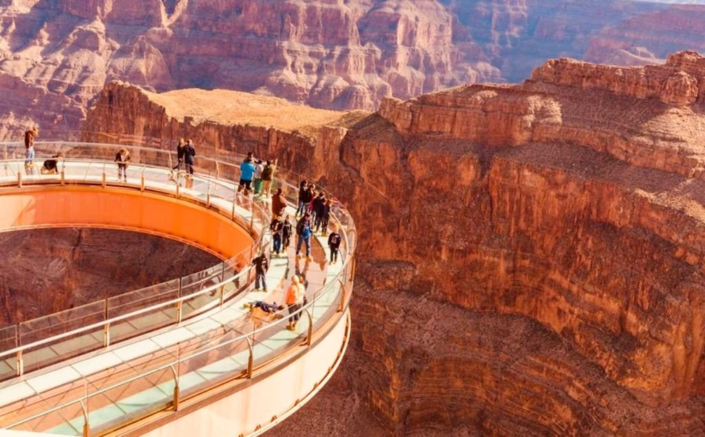 Grand Canyon West - 10 best natural excursions from Las Vegas