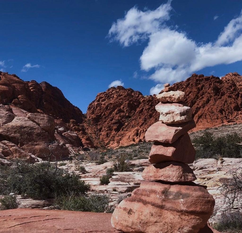 Red Rock Canyon -10 best natural excursions from Las Vegas