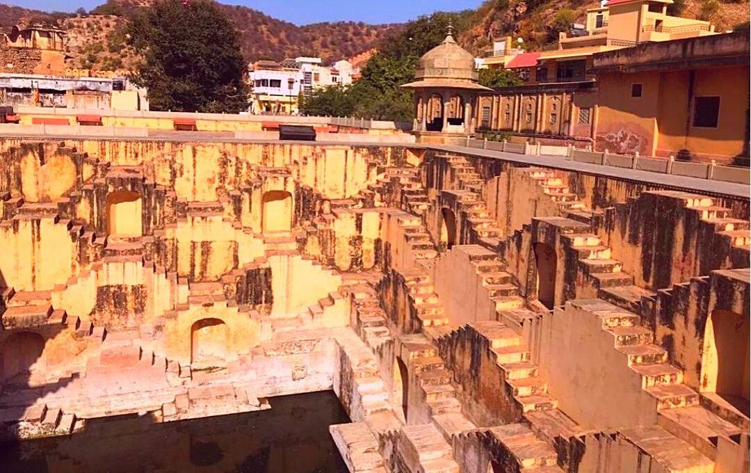 Jaipur 2 Days Trip Guide - Panna Meena ka Kund